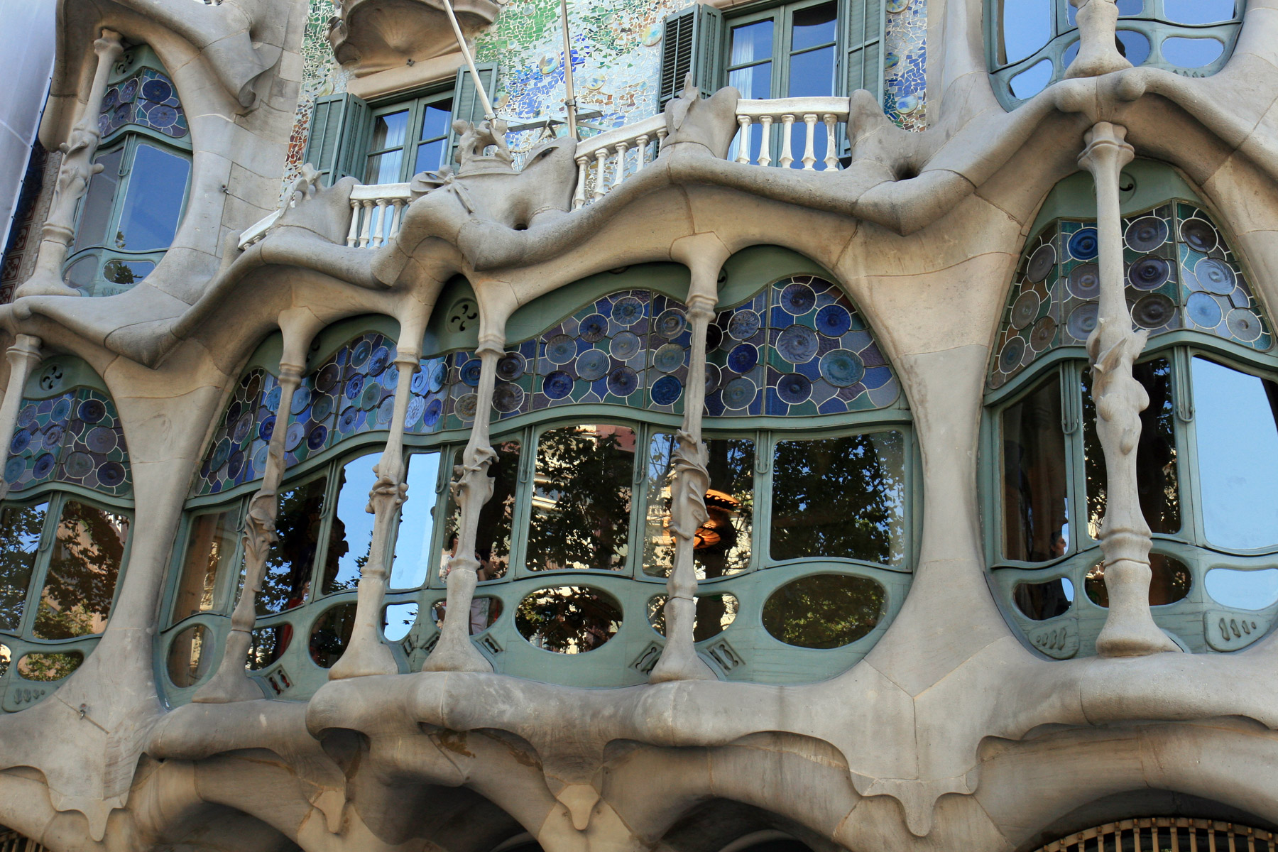Gaudi architecture images for Architecture gaudi